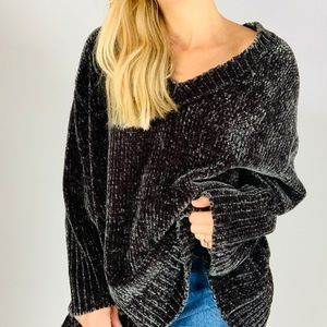 Zara Oversized Chenille V-Neck Chunky Sweater M